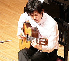 クラシックギター仁子講師