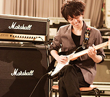 エレキギター上川講師
