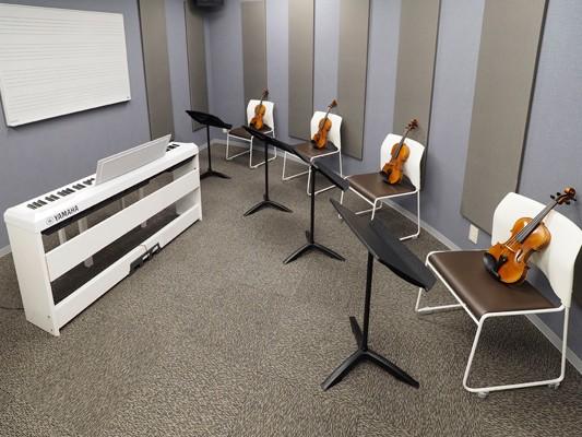 バイオリンレッスン室