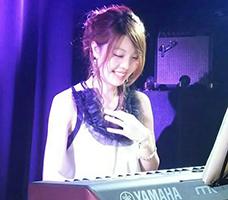 ピアノ本田まみ講師