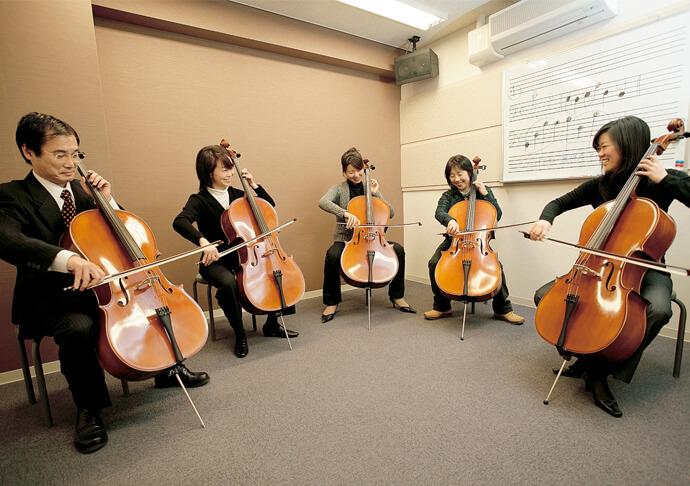体験レッスン時の楽器は無料レンタルいたします。※一部楽器を除きます。