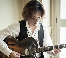ジャズギター鷲尾講師