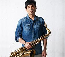 ジャズサックス鈴木講師