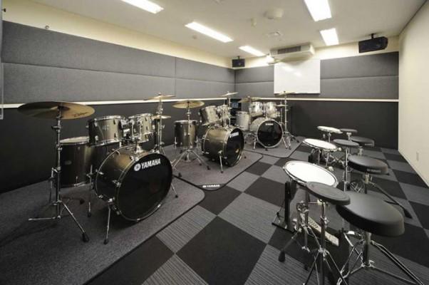 三宮サロンのドラムルーム