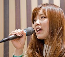 ボーカル岡本講師