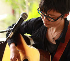 ギター科森口講師