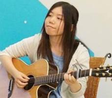 アコースティックギター牧野講師